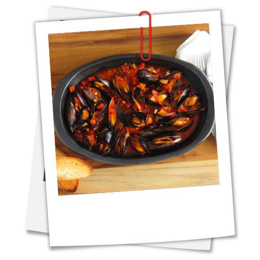 Mussels in White Wine, Tomatoes & Chorizo